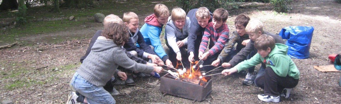 Alex-and-Charlie-bushcraft-birthday-party-096-e1434291062267